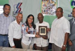 Maritza Hernández reitera compromiso de cumplir normativa laboral