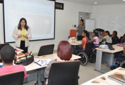 Ministerio de Trabajo forma en emprendimiento a personas con discapacidad