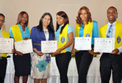 Ministerio de Trabajo gradúa 107 jóvenes en Escuela Taller
